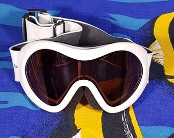 0327ad9771c 90s Ski Goggles Carrera Sunglasses Skiwear Polarized Visor Doof Gogs  Festival Club Kid Raver Futuristic Cyber Goth Retro Vintage Spellout