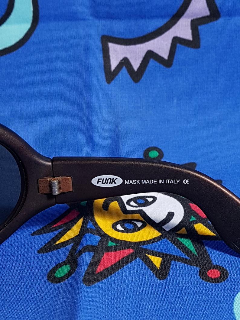 9a5cec5ff17fe 90s Oversized Sunglasses FUNK Made in Italy Futuristic Cyber