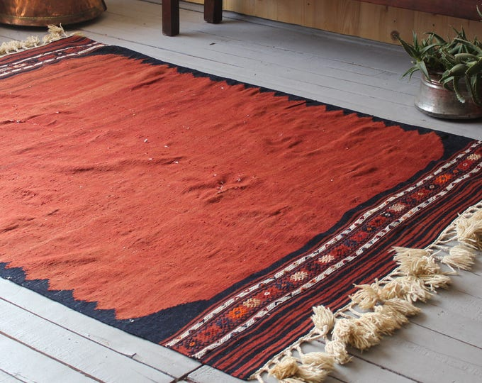 "5'0"" X 7'0"" Vintage  Yuncu  Yoruk  Kilim, Bohemian Ethnic Decorative Antique Kilim Rug"