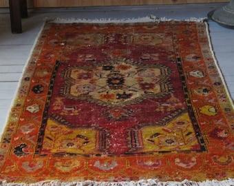 Small Rug, Vintage Anatolian Rug, Medallion Carpet,Red Carpet,Entry Rug, Handwoven Wool Rug