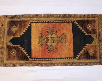 "1'6""x3'6"" Vintage Anatolian Small Rug, Rug Doormat, Turkish Small Rug,Bedroom Rug,Home decoration,Wall Hangings"