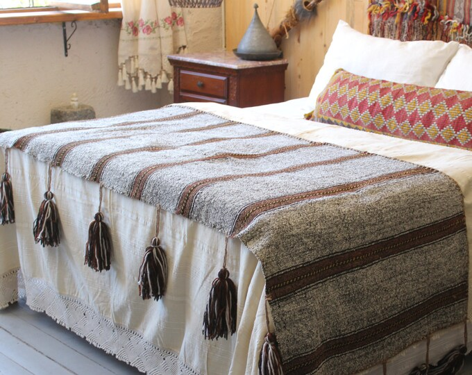 32X81 inch Ethnic Grey-Brown Handwoven Wool Kilim Throw, Ethnic Kilim Throw, Bohemian Throw, Turkish Anatolian Grey Wool Throw