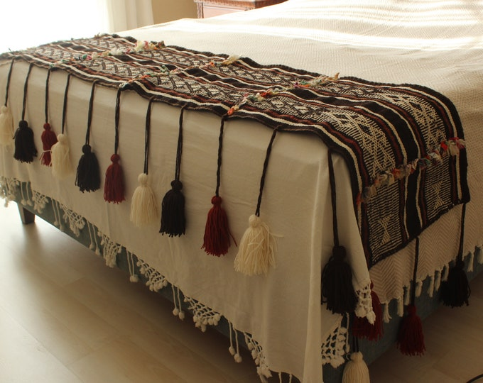 19x77 inch  Kilim Throw, Vintage Kilim Throw, Ethnic Kilim Throw, Bohemian Kilim Throw, Bedroom Accessory