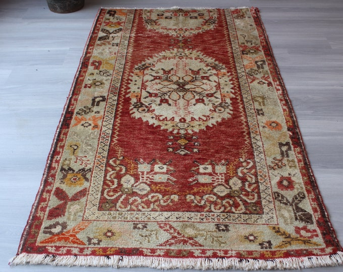 "3'4""x6'4"" ft  Vintage Rug, Small Turkish Rug, Small Anatolian Rug, Small Red Rug, Small Decorative Rug, Small Ethnic Rug, Small Floral Rug"