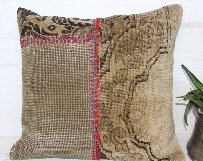19x20 inch Vintage Low Piled Rug  Patchwork Pillow Case, Bohemian Ethnic Turkish Carpet Pillow Cover, Handwoven Wool Beige Pillow