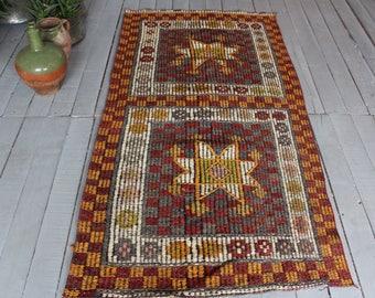 "2'6""x5'0"" Vintage Small Kilim ,Ethnic Bohemian Handwoven Wool Small Kilim  Runner"