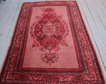 "Vintage Pink Rug, Small Pink Rug Turkish Small  Rug,Handwoven Wool Pink Rug / 3'1""x4'9"" ft"