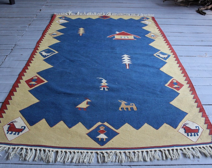 Vintage Turkish Kilim , Bohemian Ethnic Primitive Design Kilim Rug