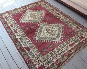 "Vintage  Rug,  Ethnic, Turkish, Wool, Area Rug, Vintage Pink Rug, Ethnic Area Rug / 4'6""x5'7"""