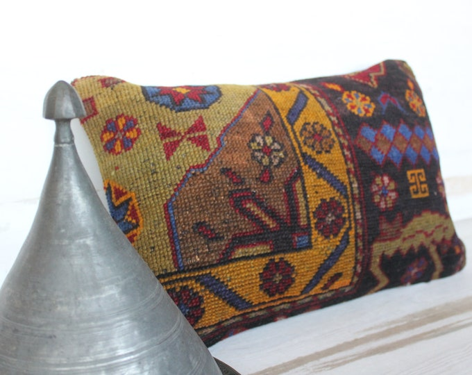 14x22 inch Carpet Pillow Case, Ethnic Wool Pillow, Bohemian Rug Pillow Cover, Vintage Carpet Pillow Cover