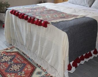 24x89 inch Blue-Red Ethnic Kilim Throw, Bohemian Throw, Turkish Kilim Throw, Handwoven Wool Throw, Decorative Throw, Vintage Kilim Throw