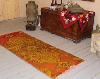 Vintage Rug Runner, Small Anatolian rug runner, oushak runner, small runner, vintage runner