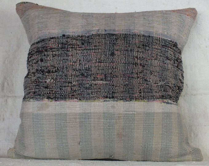 Vintage Pillow, ,23x24 Pillow Case, Turkish Rag Pillow, Ragrug pillow cover,Handmade Textile