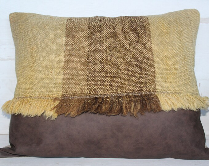 18x22 inch Vintage Kilim and Faux Leather Pillow Case, Ethnic Pillow Case, Bohemian Pillow, Natural Wool Pillow Case