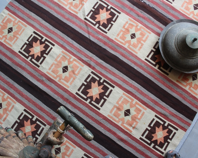 "4'6""x7'8"" ft  Vintage dagistan AVAR  Kilim Rug, Bohemian Kilim Rug, Ethnic Kilim Rug , Aztec Design Kilim, Modern Figurative Kilim Rug"