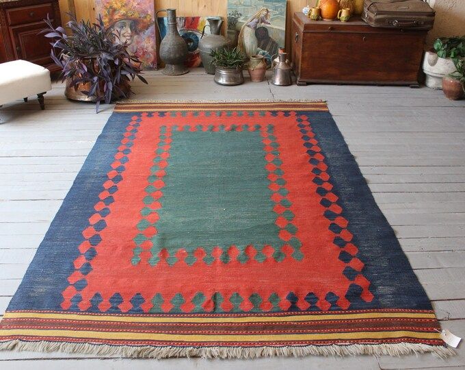 "4'9""x7'2 Vintage Turkish Kilim Rug, Ethnic Bergama Kilim, Bohemian Handwoven Modern Design Kilim, Red-blue-green kilim , Turkish Area Kilim"