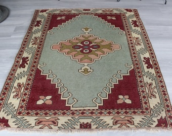 "4'2""x4'9"" ft  Vintage Rug,  Ethnic  Area Rug, Vintage Anatolian Rug, Small Vintage Rug, Small Ethnic Rug"