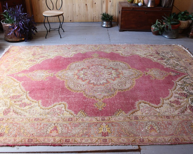 "6'8""x9'8"" ft  Vintage Large Oushak Rug, Pink- Beige Large Area Rug, Classic Medallion Oushak Carpet,Low Piled Distressed Oushak Rug"