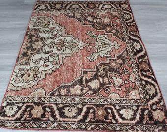"3'9""x 5'9"" ft  Vintage Rug, Vintage Turkish Rug, Anatolian Rug, Ethnic Rug, Handwoven Area Rug,"