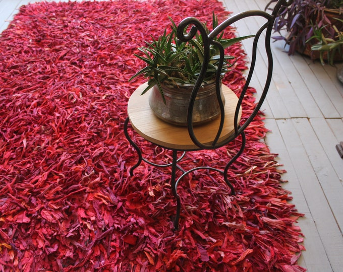 "5'5""x 8'3 Vintage Very Special Red  CHAPUT( Rag Rug ) ,Recycled Cotton Rug , Bohemian Ethnic Rag Rug"