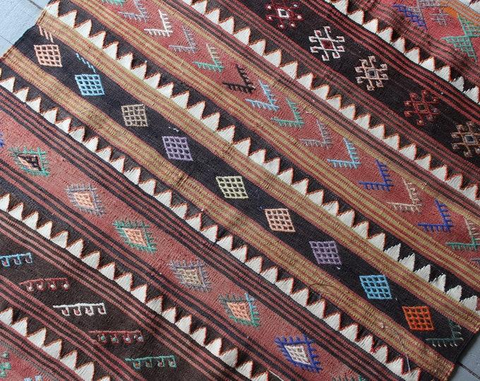 """3'5""""x4'5"""" Vintage SIVAS Kilim, Vintage Anatolian Kilim Rug, Bohemian Kilim Rug, Ethnic Turkish Kilim Rug"""