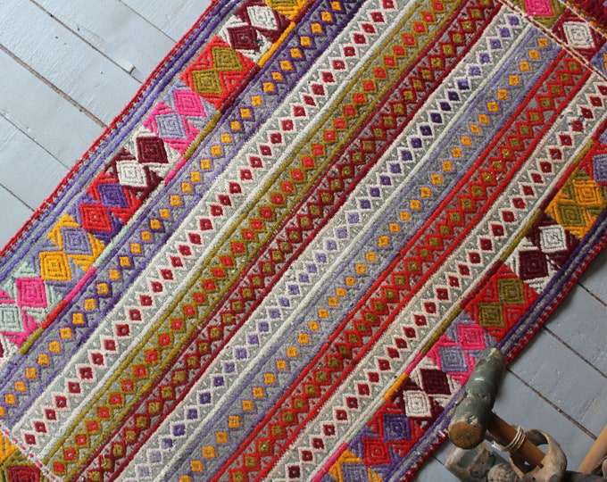 "2'4""x 4'6"" Vintage  Bergama Yuntdag Kilim Rug, Bohemian Ethnic Kilim Rug, Turkish Kilim Rug, Anatolian Kilim Rug"