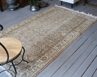 4'1'x 7' ft  Vintage OUSHAK Rug, Turkish Anatolian Area Rug, Vintage Anatolian Rug, Low Piled Turkish Area Rug, Beige Oushak Rug