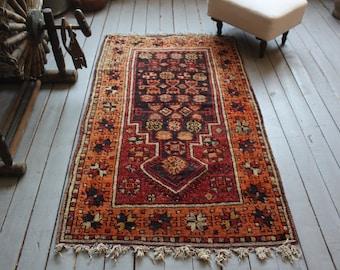 "2'7""x4'7"" ft  Vintage Ethnic Organic Wool Special Small Rug, Vintage Turkish Anatolian Small Rug"