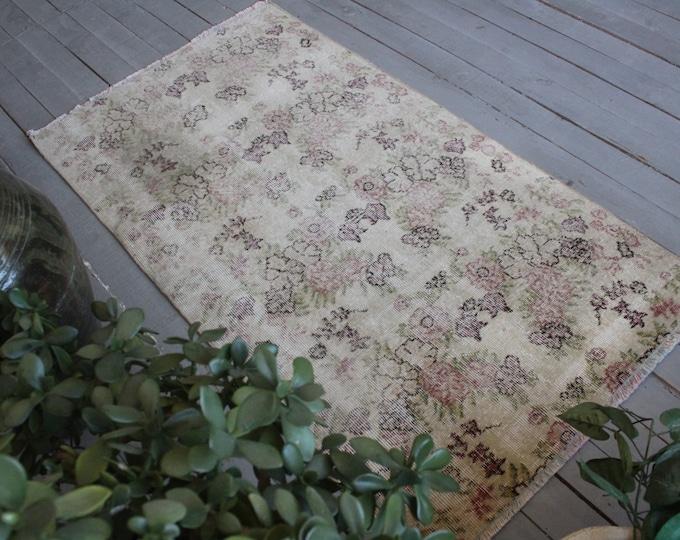 """2'8""""x5' ft Vintage Oushak Rug, Vintage Beige Floral Rug, Small Area Rug, Small Beige Rug, Turkish Rug, Entry Rug, Beige Oushak Rug"""