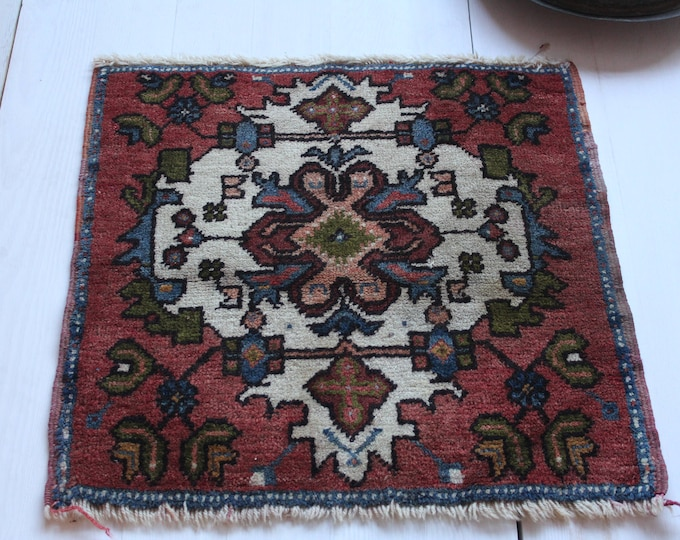 """1'6'x1'6"""" Vintage Authentic Turkish Small Rug,Handwoven Door Mat,Ethnic,Tribal Small Rug,Square small carpet"""