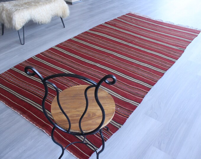 "4'8""x9'8"" Vintage Red Kilim, Vintage Turkish Kilim, Vintage Anatolian Kilim Rug, Ethnic Kilim, Striped Red Kilim, Boho Style Kilim"