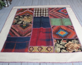 Patchwork KILIM rug,  Decorative Vintage Wool Handmade Kilim