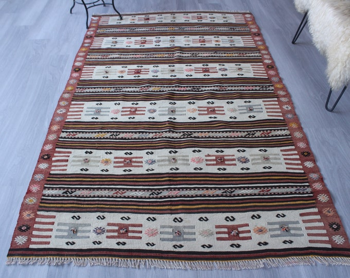 "4'4""x7'5"" ft Vintage Kilim Rug, Ethnic Area Kilim, Vintage Turkish Kilim,  Anatolian Kilim, Turkish Wool Kilim, Bohemian Kilim Rug"