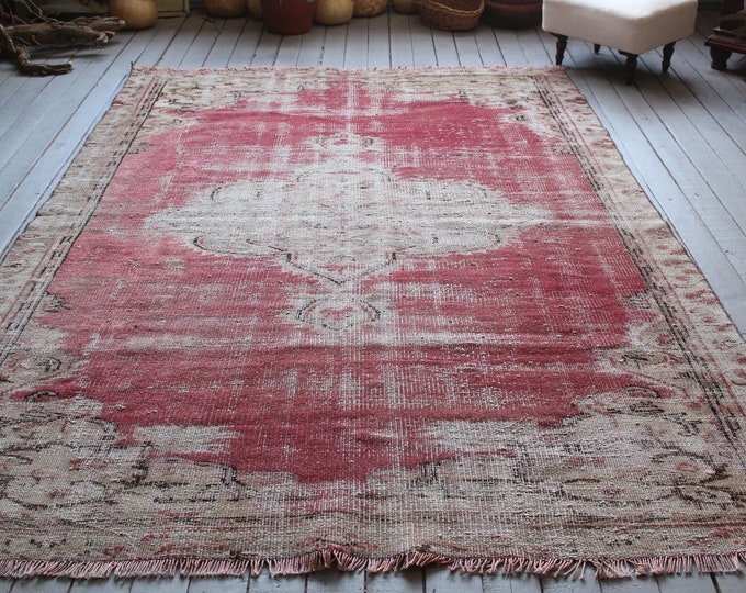 """5'8""""x 8'7"""" Vintage  Red Oushak Rug, Oriental Red Tribal Handwoven Wool Carpet, Red Medallion Distressed Low Piled Rug FRRE  SHIPPING"""