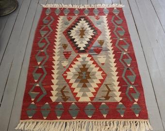 3'x4' Bohemian Ethnic Handwoven Wool Small Kilim Rug, Decorative entry,bedroom kilim