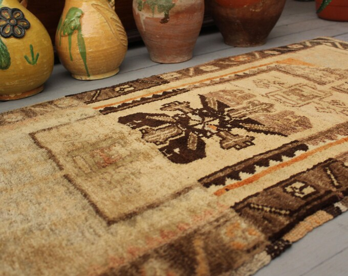 """1'7x3'3"""" Vintage Beige Handwoven Wool Small Rug,Ethnic,Tribal,Traditional Small Carpet"""