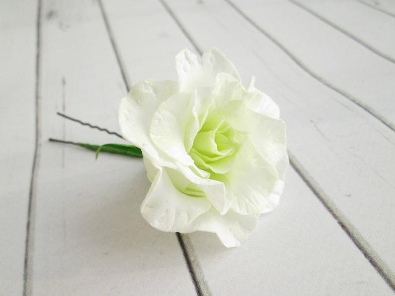 e71ef9a540b197 Biały lisianthus wesele kwiat włosów PIN-Eustoma Bridal kwiaty | Etsy