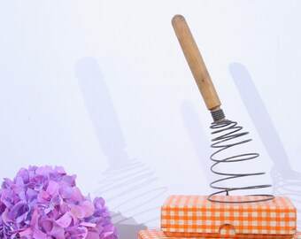 French wire whisk, wooden handle whisk, egg beater, vintage cooking utensil, Wire cage Whisk, Wire Whip, Wire egg whipper, hand mixer