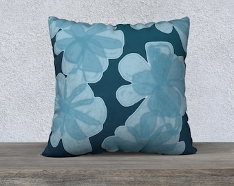 Indigo Blu Flower Pillow Cover