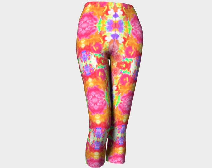 Groovy Capris Leggings for Women