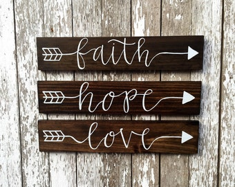 "Hand Painted ""Faith Hope Love"" Arrow Signs"