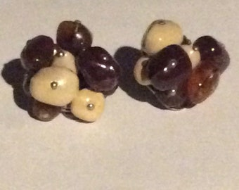 1960s Beaded Brown Plastic Clip on Curved Earrings Clip