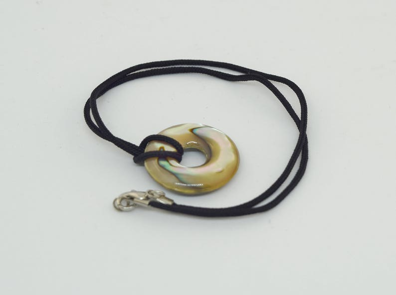 Abalone shell Circle Necklace/ Beach Surfer pendant Jewelry/ image 0