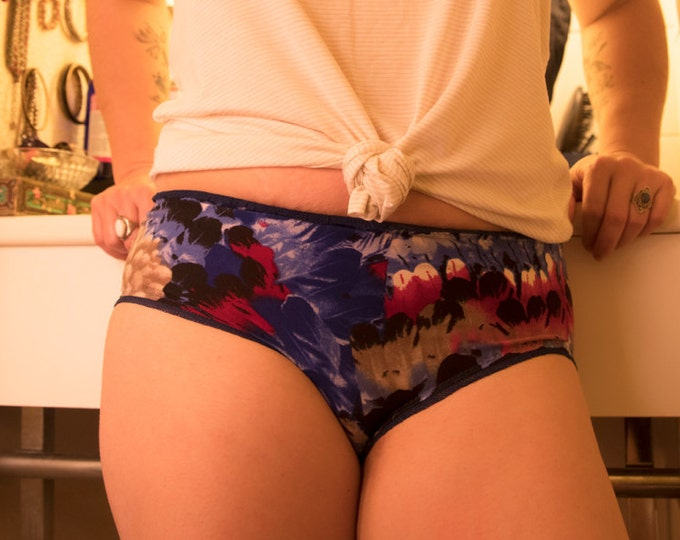 Red and blue feather patterned panties
