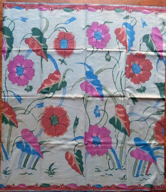 Batik Cotton Sarong Fabric Batik Pekalongan Sarong Handmade Indonesia Old Tuli damaged Indonesia Batik Hand Drawn