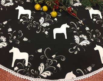 Christmas Tree Skirt ,Tree Skirt , Christmas Decor, Christmas gift, Christmas Holiday, Holiday tree skirt, Christmas Decoration