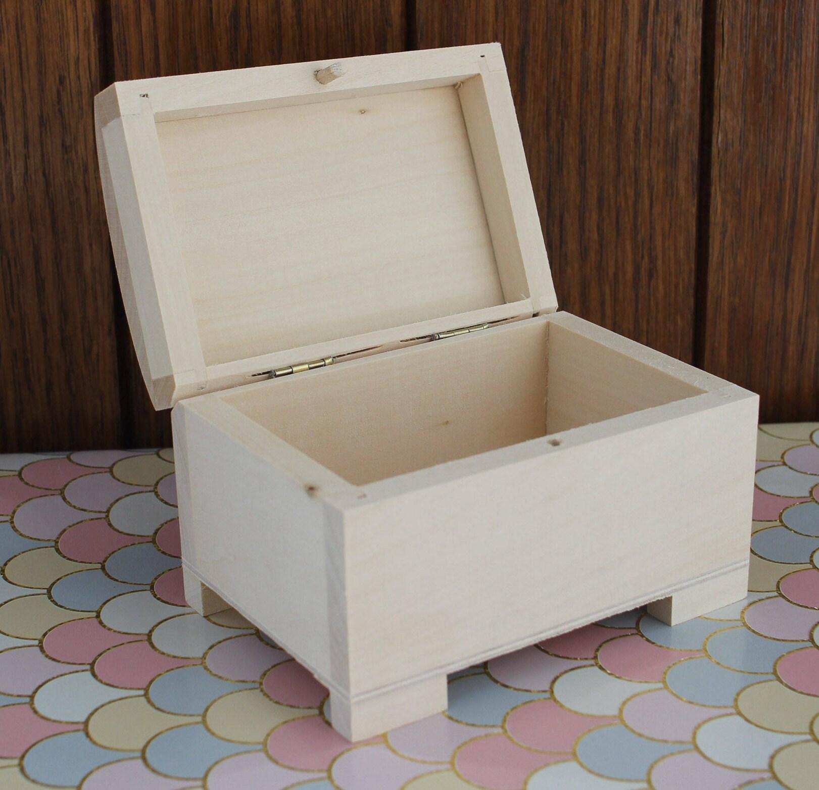 Wooden Small trinket box Jewellery box Keepsake Earring