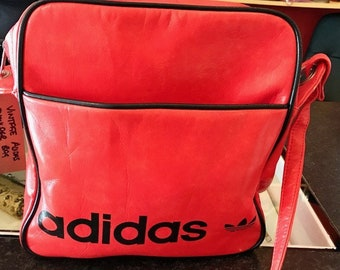 Vintage Adidas shoulder bag