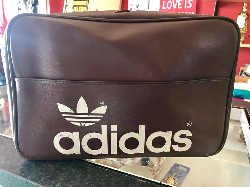 3fe9a33232fb 1970 s Peter Black Adidas Hold all