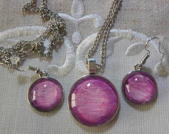 Hand made fluid art jewelery set.